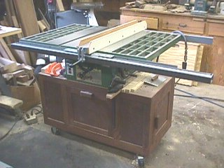 MAKE YOUR OWN TABLE SAW FENCE woodworking plans and information at